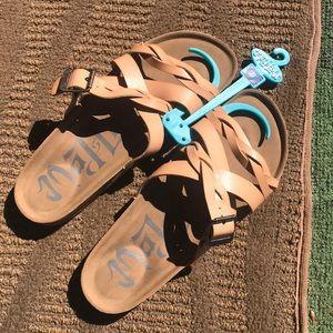NWOT Mad Love Sandals